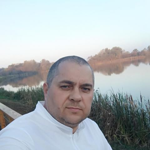 Gábor, 47 éves társkereső férfi - Pécel