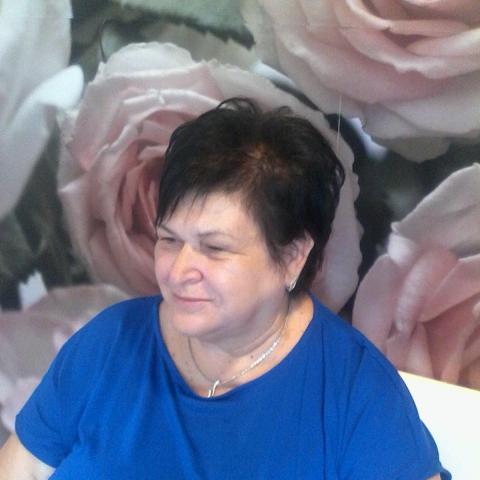 Éva, 58 éves társkereső nő - Szirmabesenyő