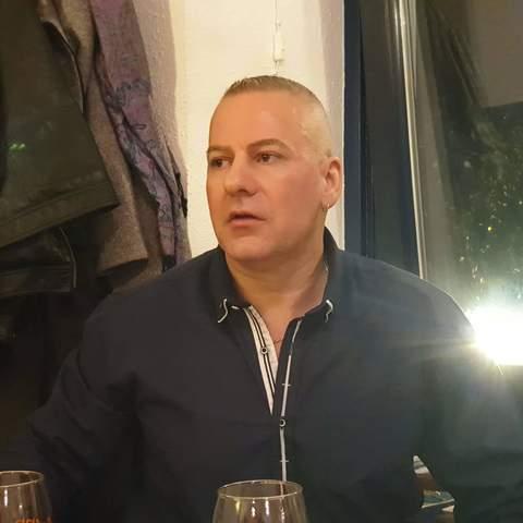 András, 42 éves társkereső férfi - Miskolc
