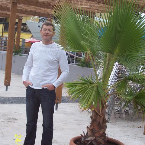István, 54 éves társkereső férfi - Miskolc