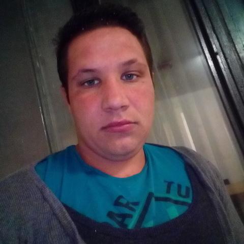 Tamás, 23 éves társkereső férfi - Dunakeszi