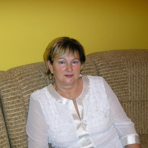 Erzsébet, 65 éves társkereső nő - Nagyecsed