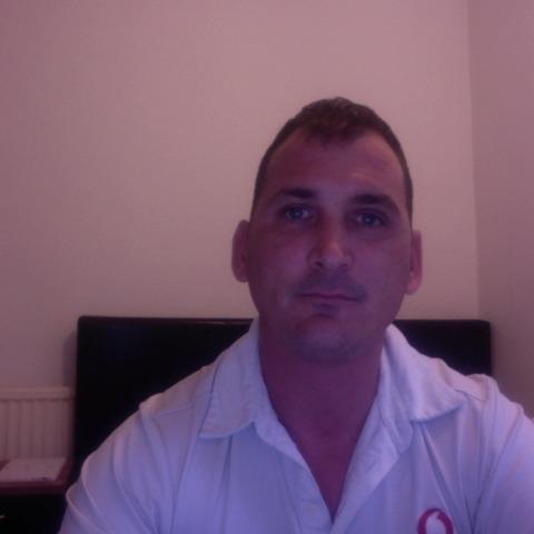 David, 38 éves társkereső férfi -