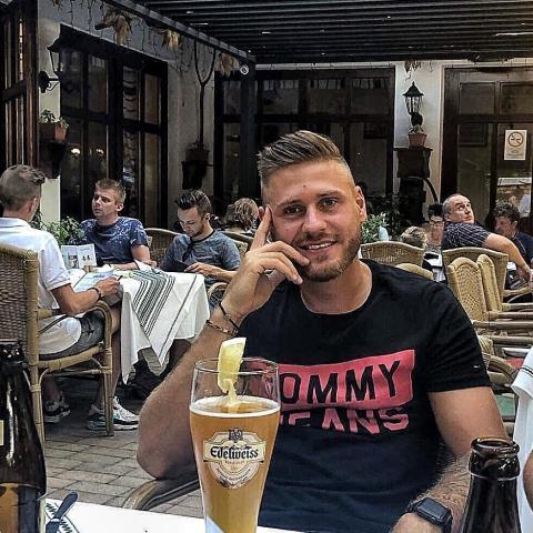 Ádám, 30 éves társkereső férfi - Dunaújváros