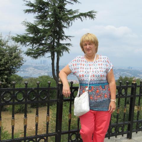 Bori, 61 éves társkereső nő - Sátoraljaújhely
