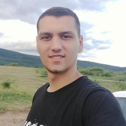 Laci, 24 éves társkereső férfi - Pomáz
