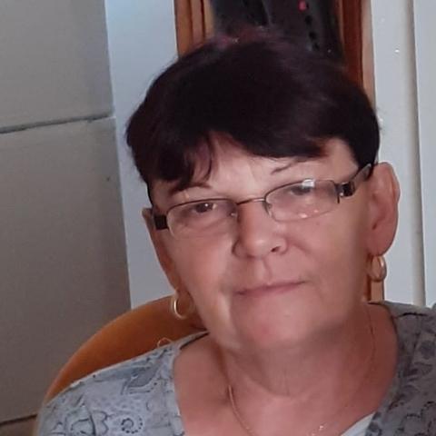 Mária, 60 éves társkereső nő - Tiszavasvári