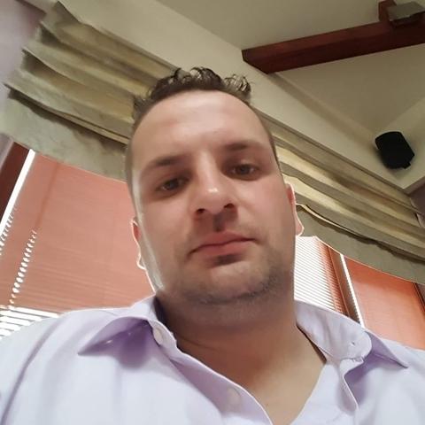 Peter, 38 éves társkereső férfi - Győr