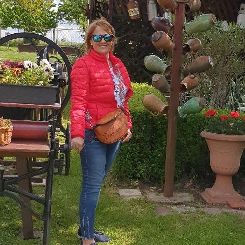 Csilla, 58 éves társkereső nő - Székesfehérvár