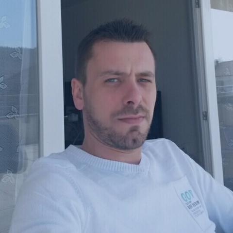 Balázs, 41 éves társkereső férfi - Debrecen