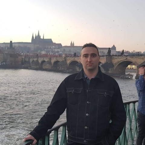 Róbert, 37 éves társkereső férfi - Fülek