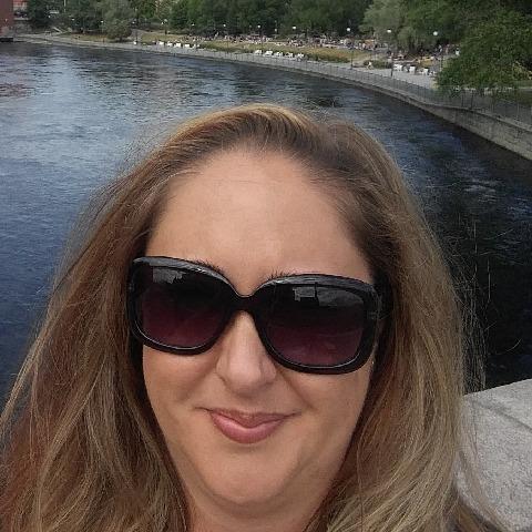 Enikő, 41 éves társkereső nő - Miskolc