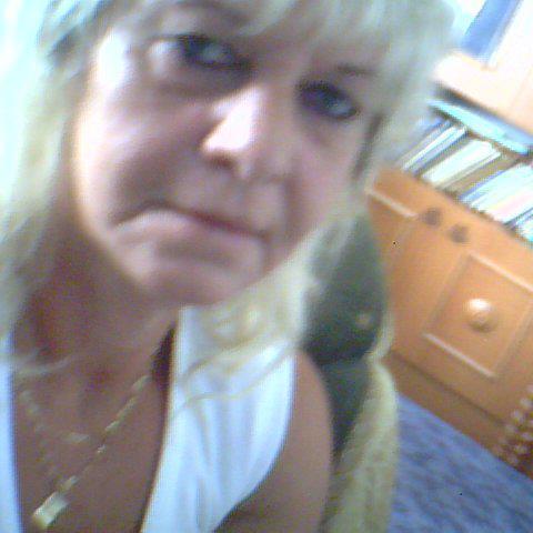 Hajnalka, 59 éves társkereső nő - Sásd