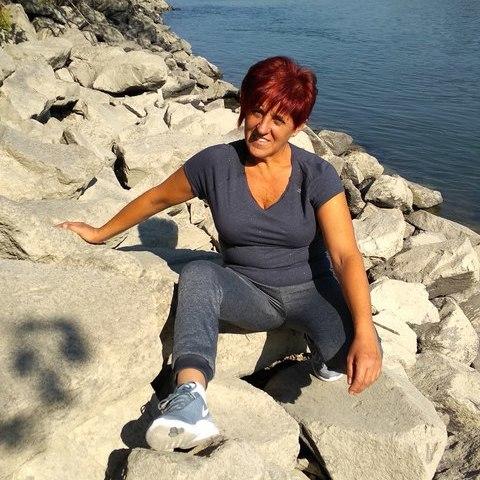 Mária, 56 éves társkereső nő - Debrecen