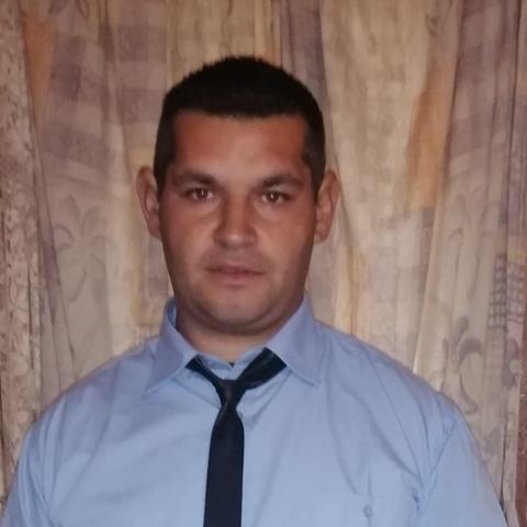 Krisztián, 31 éves társkereső férfi - Szeged