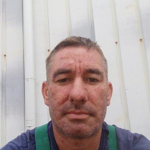 János, 41 éves társkereső férfi - Ládbesenyő