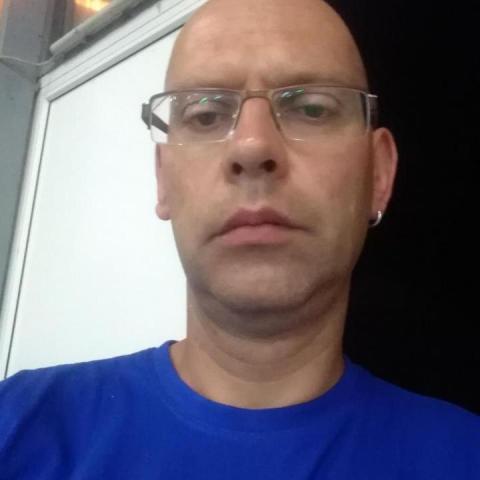 László, 43 éves társkereső férfi - Magyarszentmiklós