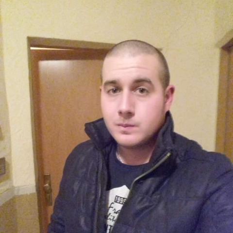 Nándi, 27 éves társkereső férfi - Székesfehérvár