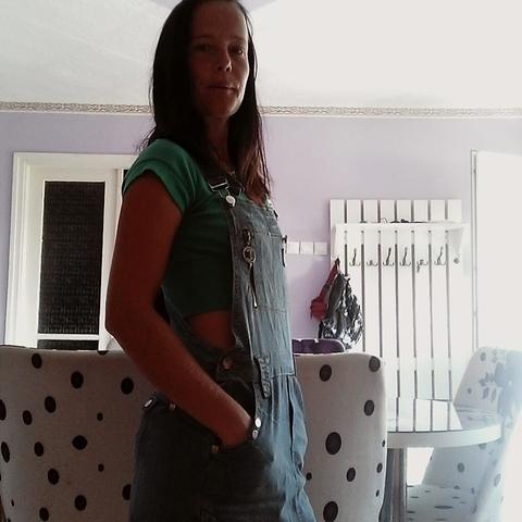 Zsuzsanna, 31 éves társkereső nő - Taktaszada