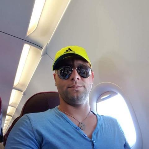István, 29 éves társkereső férfi - Miskolc