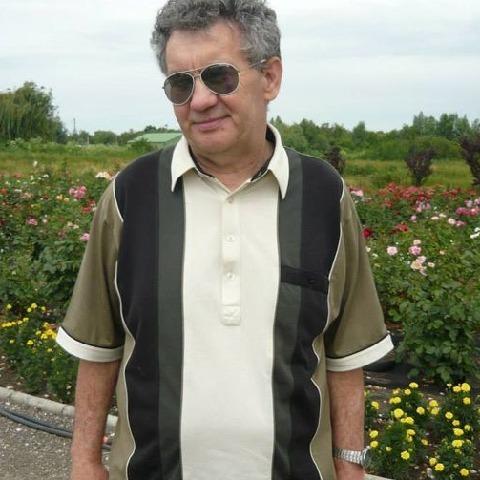 Feco, 63 éves társkereső férfi - Hajmáskér