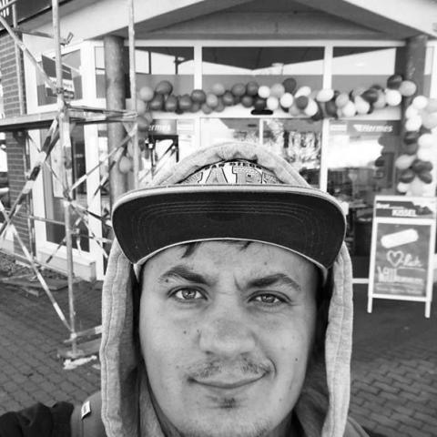 Zoltán, 29 éves társkereső férfi - Dévaványa