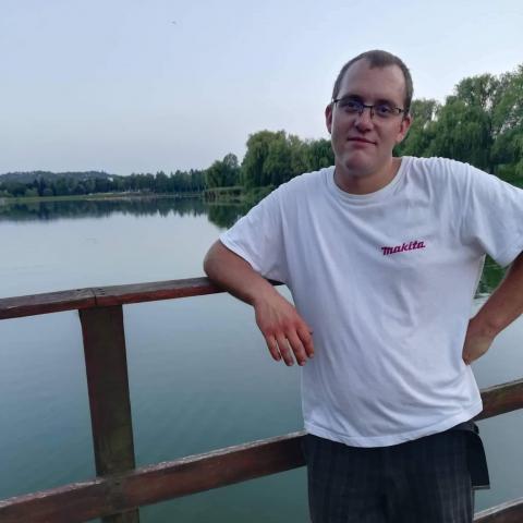 Péter, 26 éves társkereső férfi - Vasboldogasszony