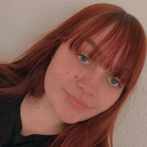 Viktória, 19 éves társkereső nő - Nyíregyháza