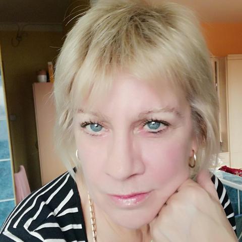 Judit, 52 éves társkereső nő - Budapest
