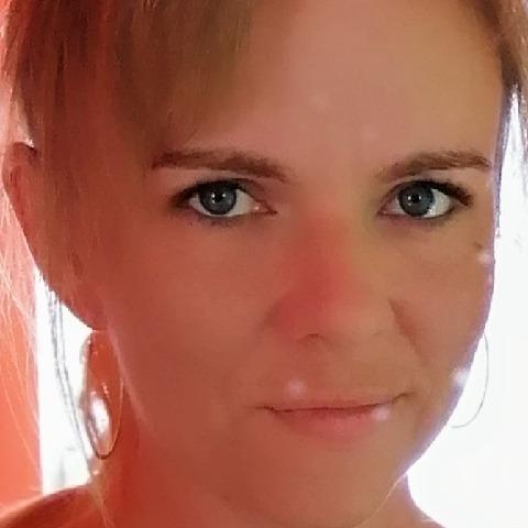 Kinga, 36 éves társkereső nő -