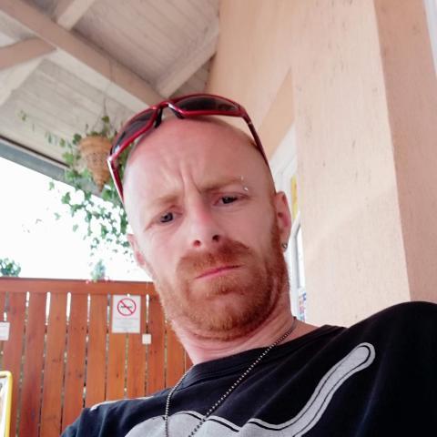 Istvan, 41 éves társkereső férfi - Békés