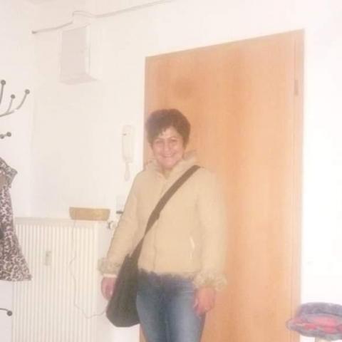 Krisztina, 39 éves társkereső nő - Miskolc