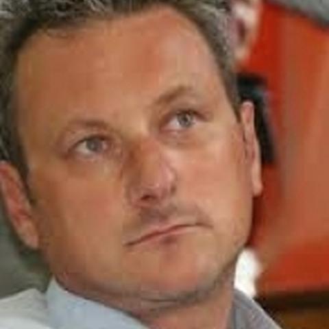 Zsolt, 51 éves társkereső férfi -