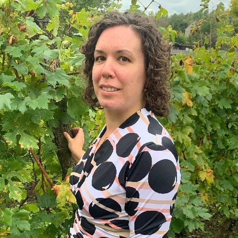 Adrienn, 40 éves társkereső nő - Szekszárd