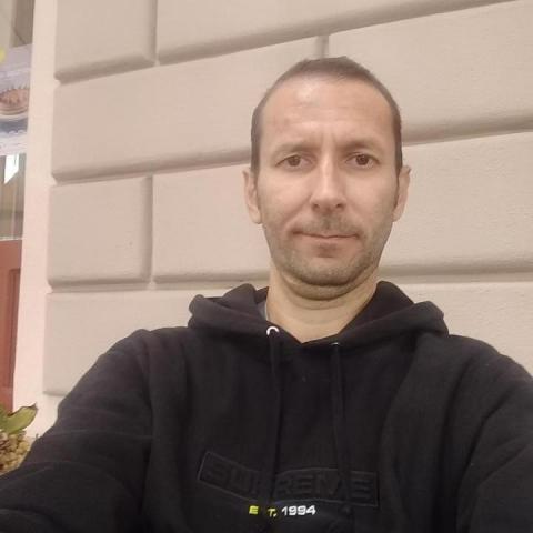 Zoltan, 43 éves társkereső férfi - Szeged