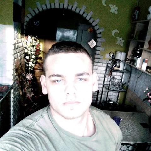 Misi, 22 éves társkereső férfi - Bakóca