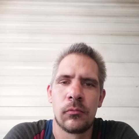 Dávid, 32 éves társkereső férfi - Szentlőrinckáta