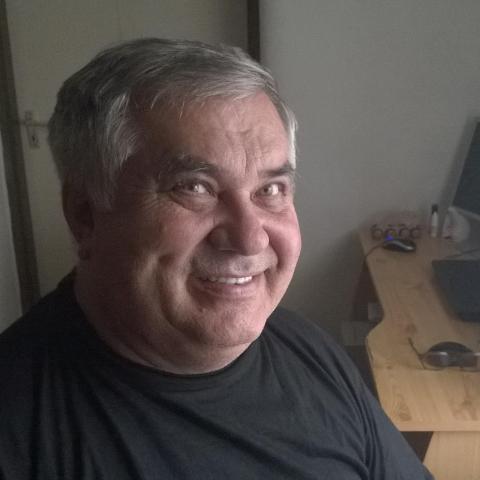 Laci, 70 éves társkereső férfi - Zalaegerszeg