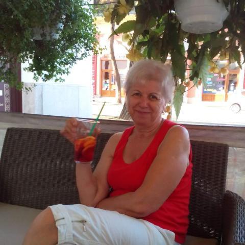 Ibolya, 59 éves társkereső nő - Nyíregyháza