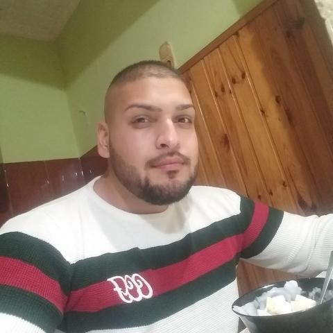 Szulejman, 26 éves társkereső férfi - Debrecen