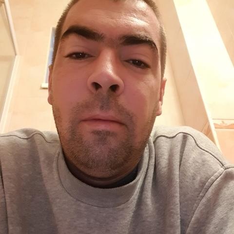 Tamas, 36 éves társkereső férfi - Miskolc