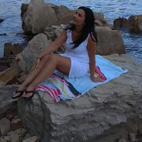 Csilla, 44 éves társkereső nő - Zalaegerszeg