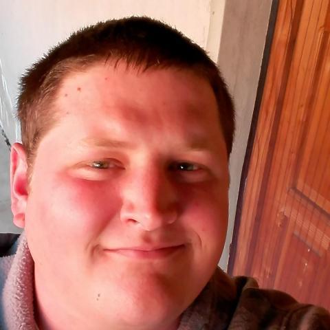 András, 28 éves társkereső férfi - Szarvas
