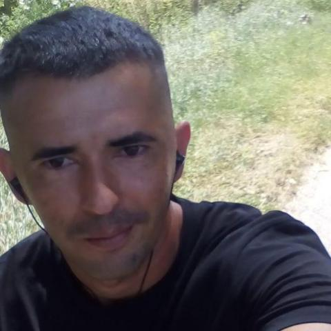 Csekő, 31 éves társkereső férfi - Terem