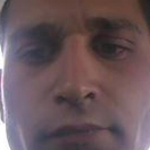 Károly, 26 éves társkereső férfi - Salgótarján