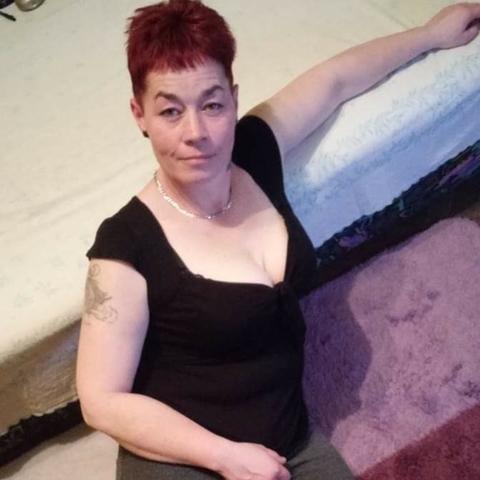 Szilvia, 45 éves társkereső nő - Ásotthalom