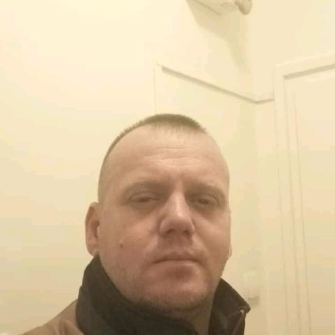 Lacy, 39 éves társkereső férfi - Nyíregyháza