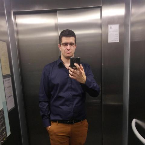 Gábor, 26 éves társkereső férfi - Tamási