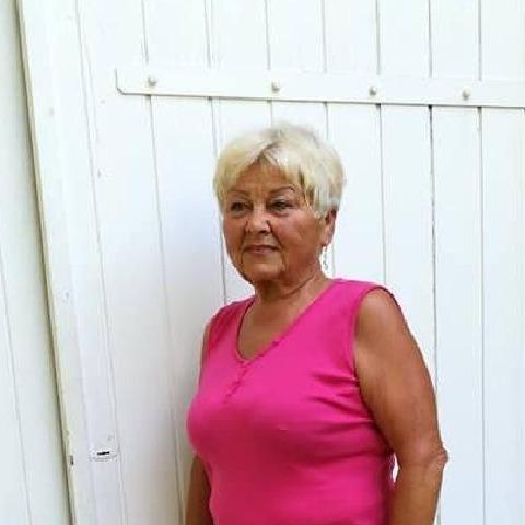 Kata, 69 éves társkereső nő - Békéscsaba