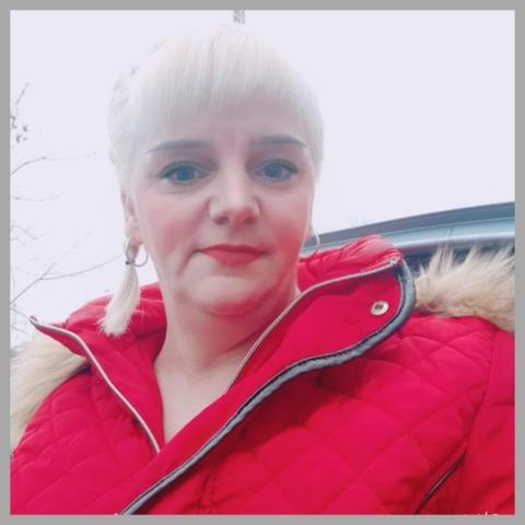 Mónika, 39 éves társkereső nő - Ebes